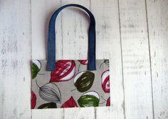 Egy táska a pánttal lesz kerek egész. Egy jól megválasztott és megvarrd darab stílust ad a kész alkotásnak. Meghatározza azt is mire szeretnéd...