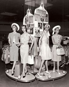 in-store mannequins - love those little plinths! Wish these were the designs of today. 1960s Fashion, London Fashion, Fashion Dolls, Vintage Fashion, Fashion Mannequin, Store Mannequins, Vintage Dresses, Vintage Outfits, Vintage Mannequin