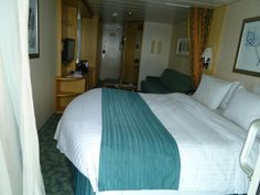 Balcony stateroom Independence of the seas.