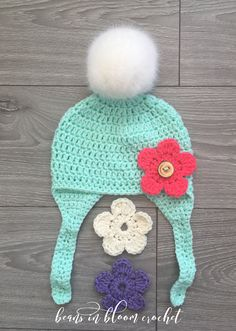 #beansinbloomcrochet #crochet #crochethat #pompom  #reddeerchristmasshow #yarncanada #crochetersofinstagram #crochetaddict #happyhooker #reddeer #busyhands #alberta #makersgonnamake #makersofalberta