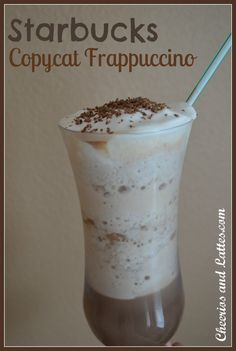 Starbucks Copycat Frappuccino (This is awesome, because I am addicted to starbucks frappes) Frappuccino Recipe, Starbucks Frappuccino, Starbucks Recipes, Coffee Recipes, Yummy Drinks, Yummy Food, Smoothies, Restaurant Recipes, Chocolate