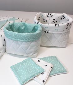 Pair of baskets fabric quilted, sea green, white and black - Babykleidung Fabric Boxes, Fabric Storage, Bag Storage, Storage Basket, Baby Sewing Projects, Sewing Crafts, Knitted Blankets, Baby Love, Baby Gifts