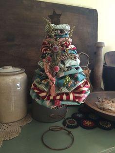 Handmade make-do yoyo tree primitive olde world victorian Christmas homespun…