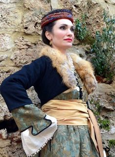 Lady from Édessa, Greece, century. Greek Traditional Dress, Traditional Outfits, Cheat Meal, Arabian Nights Costume, Greek Culture, Culture Club, Folk Fashion, Folk Costume, Western Outfits