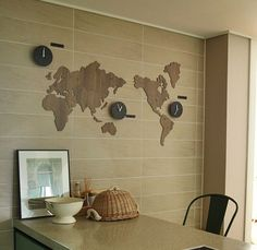 To do: make rough map of world using clocks of different sizes reflecting the geographical time of where they are placed