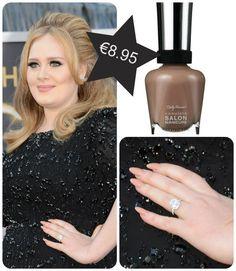 Adele wearing Sally Hansen Complete Salon Manicure in Cafe Au Lait