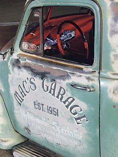 Garage Organization Systems | Car Garage Decorating Ideas | Old Car Decor 20190523 - May 23 2019 at 05:04PM Truck Lettering, Vintage Lettering, Vintage Logos, Antique Trucks, Vintage Trucks, Funny Vintage, Garage Art, Garage Ideas, Car Garage
