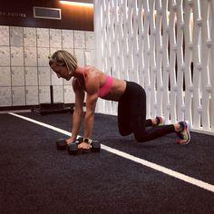 "2,417 Likes, 89 Comments - Kira Stokes - kirastokes.com (@kirastokesfit) on Instagram: ""#SMOTD - my newest upper body/core compound creation: panther renegade row/kickback ➡️ down dog…"""