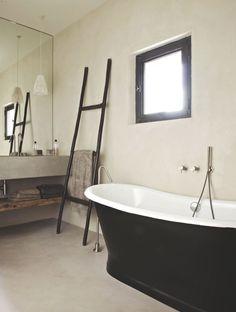 une-salle-de-bains-retro-chic-en-provence_5368107.jpg (640×848)