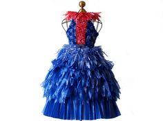 Risultato della ricerca immagini di Google per http://assets.ecouterre.com/wp-content/uploads/2010/03/linda-filley-paper-dress-1.jpg