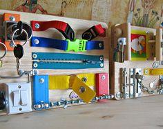 Lot de 2 planches occupés, jouets d'activité pour enfants, jouet d'éveil en bois, jeu, enfant en bas âge planche occupé