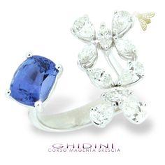anello con zaffiro e diamanti #ghidinigioielli #brescia #bresciacentro #saffire #diamonds #diamond #heritage #gold