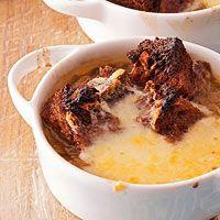 RR Spring Onion Soup w. Pumpernickel Croutons & Cheddar (vegetarian ...