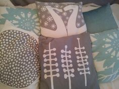 I just love pillows. Just Love, Pillows, Style, Swag, Cushions, Pillow Forms, Cushion, Scatter Cushions, Outfits