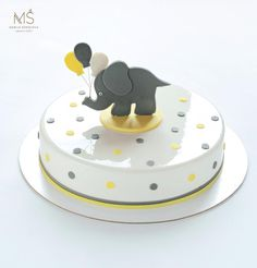 Hello everyone! Double tap ❤️ for the cute elephant   Making of this cutie took too many energy from me. But I'm really proud of him.  With this nice balloons he seems so magically charming  And besides he is very strong!   This cake was delivered through difficult road and nothing happened to him.  What do you think about him? I'm waiting for your comments   Всем привет! Как вам слоняшик?  Если нравится, то голосуем ❤️, если нет пишите в комментариях почему.  А вот мне он очень нравитс...