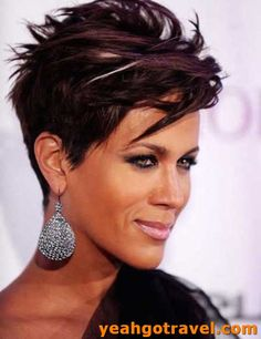 Women Hairstyles Ideas,feathered hairstyles over 50 ideas.Shag Hairstyles Bob,fringe hairstyles bun,women hairstyles short wavy and women hairstyles over 50 modern ideas. Hairstyles Over 50, Fringe Hairstyles, Everyday Hairstyles, Short Hairstyles For Women, Trendy Hairstyles, Bouffant Hairstyles, Hairstyles 2018, Updos Hairstyle, Hairstyle Short