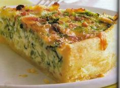 Savoy quiche - recipe with picture - Perfect for any party! Quiche Recipes, Tart Recipes, Quiches, Vegan Breakfast Recipes, Vegetarian Recipes, Quiche Lorraine, Party Finger Foods, Food Goals, Food Pictures