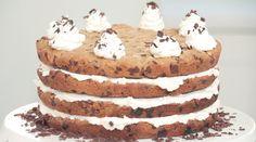 LAYERED MILK & COOKIE CAKE – Meghan Rienks