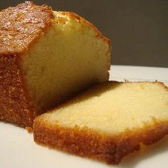 This is the real deal. Unlike other pound cake recipes, this one does not have sour cream or cream cheese. It gets all its flavor and mois. Pan Dulce, Un Cake, Bread Cake, Mexican Food Recipes, Sweet Recipes, Pound Cake Recipes, Bread Recipes, Galette, Biscuits