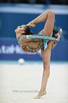 Margarita Mamun (Russia). European Championship 2014 in Baku, Azerbaijan, June 14, 2014 #rhythmic #gymnastics #clubs