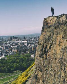 A Walk Around Edinburgh in 18 Perfect Instagrams