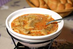 Držková z hlivy ★ recept ★ bonvivani. Czech Recipes, Ethnic Recipes, Cheeseburger Chowder, Thai Red Curry, Food And Drink, Ale, Vegan, Cooking, Soups