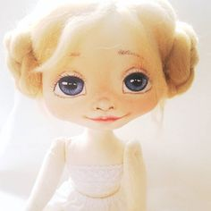Handmade ooak art textile doll by Kamomilla Design Seuraava nukke valmistumassa Clay Dolls, Art Dolls, Air Dry Clay, Collector Dolls, Fairies, Textiles, Hand Painted, Disney Princess, Toys