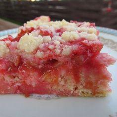 "Mom's Rhubarb Cake | ""There's no better way to use up rhubarb!"" #cakerecipes #bakingrecipes #dessertrecipes #cakes #rhubarbrecipes #rhubarbrecipes"