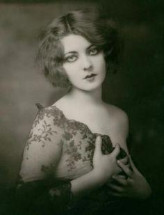 Marion Benda, 1920s, (1904-1951), Ziegfeld Follies dancer