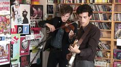 A few years ago, Noah and the Whale would have seemed like the last band to bring a drum machine to a Tiny Desk Concert. But here, the London band plugs in -...