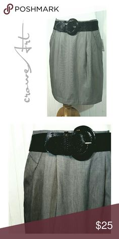 🆕 Gray Office Skirt, Black Statement Belt Perfect office skirt with black statement belt, side zipper, poly/rayon/spandex blend  Brand new with tags  Size 14 Worthington Skirts Midi