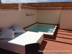 HydroSpa pool and day bed on upper deck of Rooftop Suite