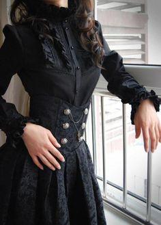 Victorian goth ♥