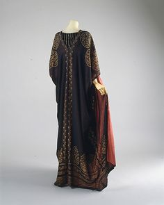 Ensemble  Mariano Fortuny  (Spanish, Granada 1871–1949 Venice)  Design House: Fortuny (Italian, founded 1906) Date: ca. 1920
