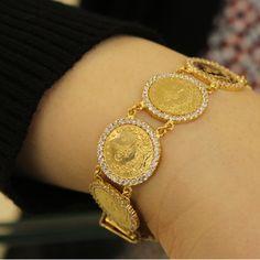 Şık ve hoş tasarım 22 ayar Reşat çeyrek Bileklik #gold #altın #bileklik #reşat #osmanlı #22k #bayan #hoş #şık #tasarım #style