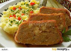 Šlehaná vepřová sekaná se sýrem recept - TopRecepty.cz Meatloaf, Mashed Potatoes, Ethnic Recipes, Food, Lasagna, Whipped Potatoes, Essen, Yemek, Smash Potatoes
