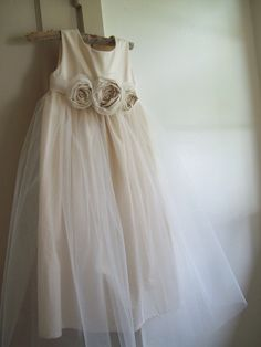 A sweet dress for a flower girl.
