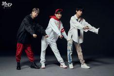 BTS - Jin & Jungkook & V - Festa Portrait de famille - Jimin, Jhope, Kookie Bts, Bts Bangtan Boy, Bts Jin, Bts Boys, Seokjin, Kim Namjoon, Kim Taehyung