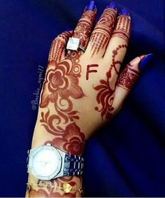 Latest Arabic Mehndi Designs 2019 Easy And New Styles For Hands Khafif Mehndi Design, Rose Mehndi Designs, Finger Henna Designs, Mehndi Designs 2018, Mehndi Design Pictures, Modern Mehndi Designs, Henna Designs Easy, Mehndi Designs For Fingers, Beautiful Mehndi Design