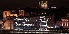 Les prénoms des victimes du 13 novembre sur les façades 8 décembre : l'hommage en lumière des Lyonnais aux 130 victimes des attentatslyonnaises