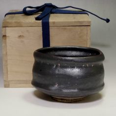 ORIBE KURO CHAWAN Vintage Japanese Black Tea Bowl w Box #2081 - ChanoYu online shop