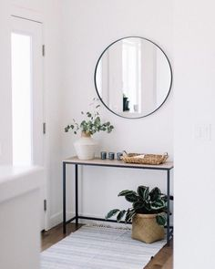 Not Good at Home Decorating and Design? Tips to Achieve Beautiful, Creative Deco. Not Good at Home Decorating and Design? Tips to Achieve Beautiful, Creative Decor and Home Accents. Home Interior Design, Interior Decorating, Design Interiors, Living Room Decor, Living Spaces, Flur Design, Diy Design, Design Trends, Design Ideas