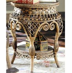 Antique End Table Victorian Wicker Furniture Rattan, Wicker Sofa, Wicker Furniture, Wicker Coffee Table, Wicker Dining Set, Dining Tables, Victorian Furniture, Vintage Furniture, Pine Needle Crafts
