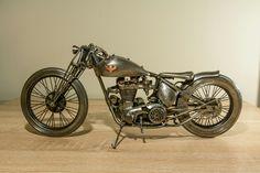 Kestrel by Simon Pejar . Tribute Falcon Motorcycles