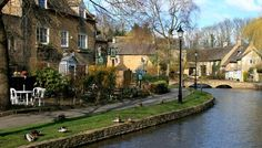 Bourton-on-the-Water, the Cotswolds, England.
