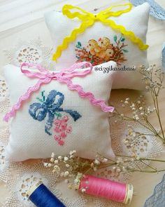 Cross stitch veronique enginger pincushion case kanaviçe