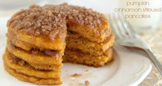 the best pumpkin cinnamon streusel pancakes recipe