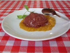 Sorbet rabarbarowy z dżemem pomarańczowym...wszystko naszej produkcji, mmm pychota! / Rhubarb sorbet accompanied with orange marmalade...all made by us...mmm yummy!