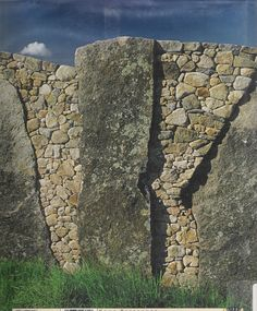 Standing Stone Wall