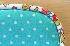 DIY bias tape and how to finish pillow with corded piping